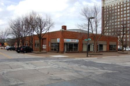 one story brick commercial building